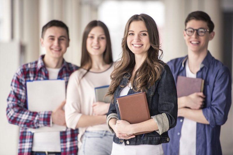 studenty-kolledzha_002